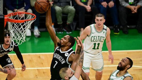 Nets überrollen Celtics - Flaschenwurf auf Irving