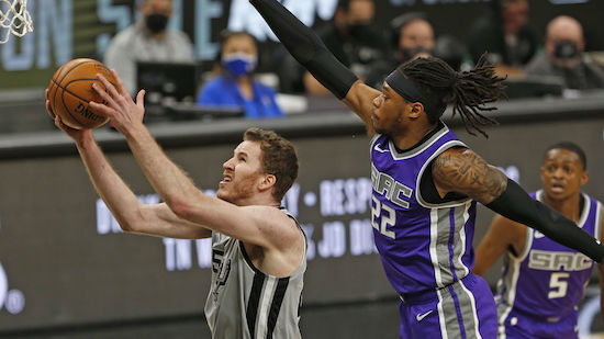 Pöltl mit Double-Double bei Spurs-Sieg über Kings