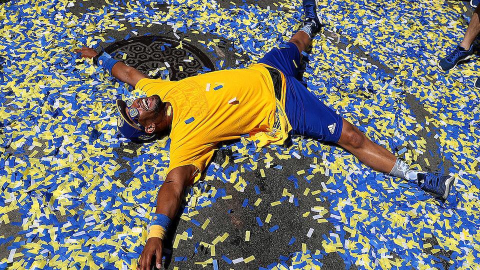 Bilder: Golden State Warriors feiern NBA-Titel - LAOLA1.at