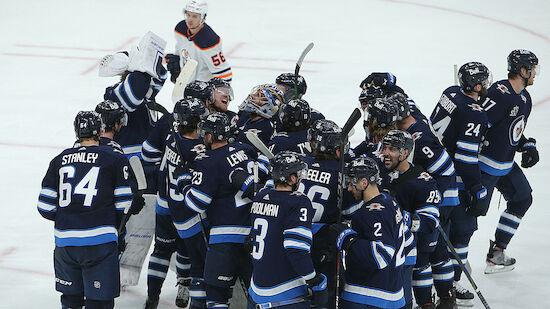 Playoffs: Winnipeg Jets sweepen Edmonton Oilers