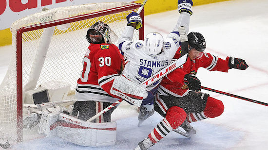 Blackhawks bezwingen Tampa Bay, Bruins siegen