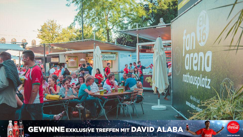 Fans-Pics vom Rathausplatz: Österreich-Ungarn