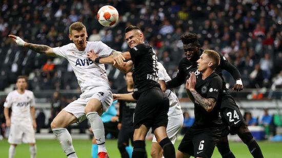 Özil-Tor kostet Oliver Glasners Frankfurt Punkte