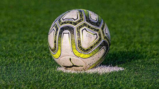 Klubbesitzer bei Pflichtspiel eingewechselt