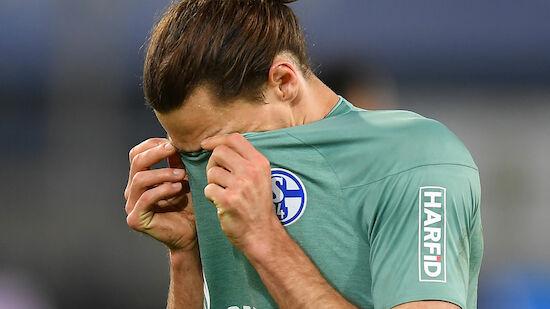 Nach Abstieg: Fans attackieren Schalke-Spieler