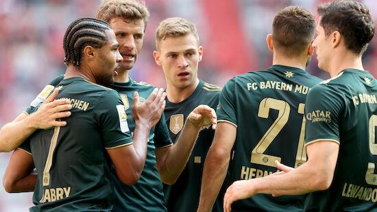 Bayern mit Kantersieg an der Spitze