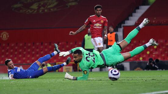 Manchester United zittert sich zum Sieg