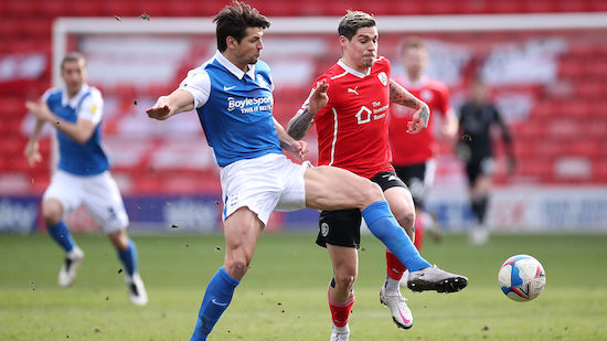 FC Barnsley setzt brillante Serie fort