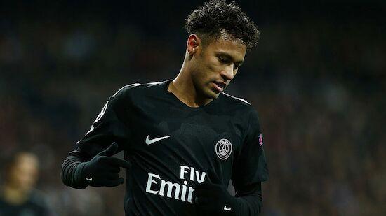 Neymar hat Schraube in den Fuß bekommen