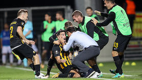 Chaos! Athen-Derby unterbrochen