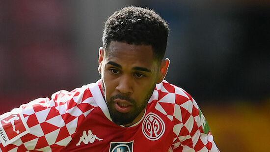 Erfolgreiches Mwene-Debüt für PSV