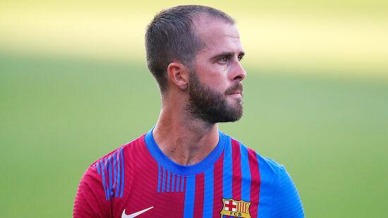 Abgeschobene Spieler treten gegen Barca nach