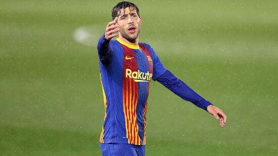 Barca tritt mit Sondertrikot gegen Atletico an
