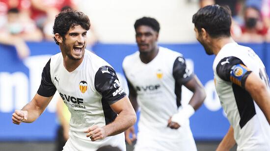Valencia siegt ohne Blöße in Pamplona