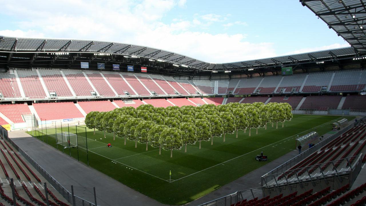 Kurios Im Worthersee Stadion Wird Ein Wald Gepflanzt