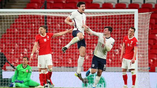 Verteidiger schießt England zum Sieg