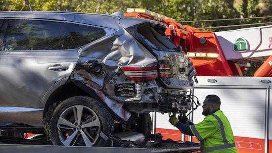 Tiger Woods in schweren Autounfall verwickelt