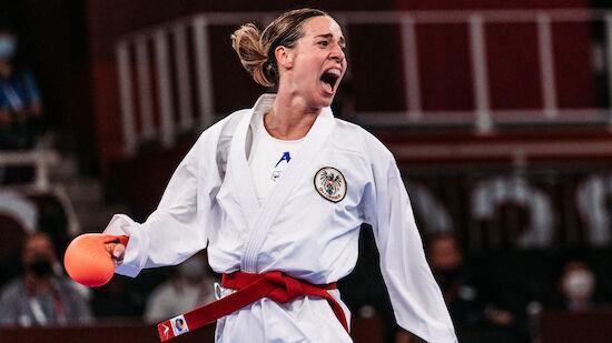Bettina Plank holt BRONZE im Karate!
