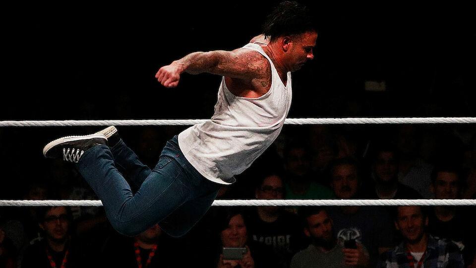Die besten Bilder vom WWE-Debüt von Tim Wiese