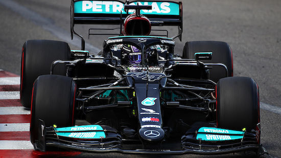 Lewis Hamilton in Baku gefordert