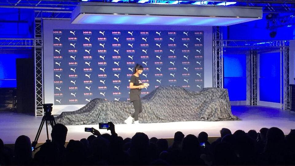 Red Bull Racing zeigt Lackierung für 2016