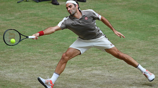 Halle: Roger Federer verhindert frühes Aus