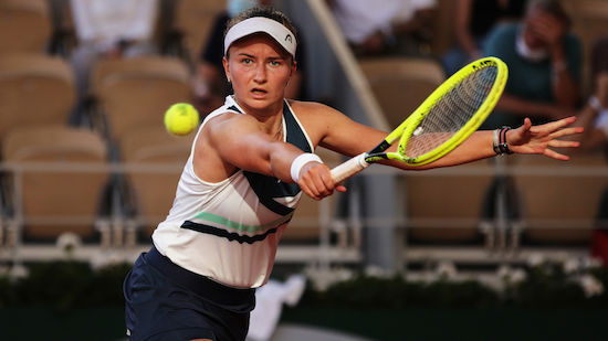 Tschechin Krejcikova nach Krimi im Paris-Endspiel