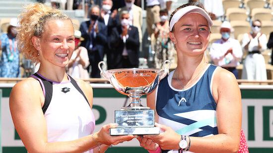 Krejcikova gewinnt auch Doppel-Titel in Paris