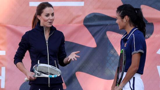 Emma Raducanu spielte Tennis mit Herzogin Kate