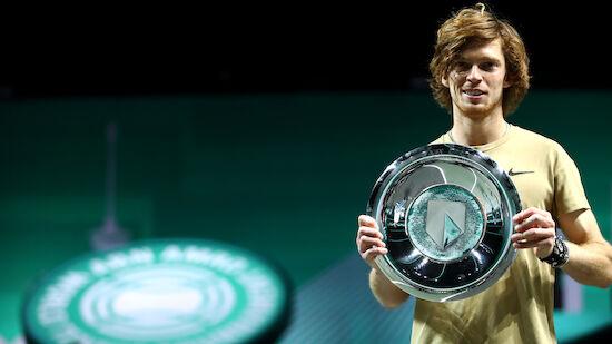 Rublev gewinnt ATP-500-Turnier in Rotterdam