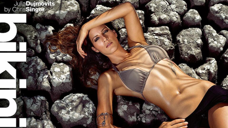 Julia Dujmovits im Bikini-Kalender