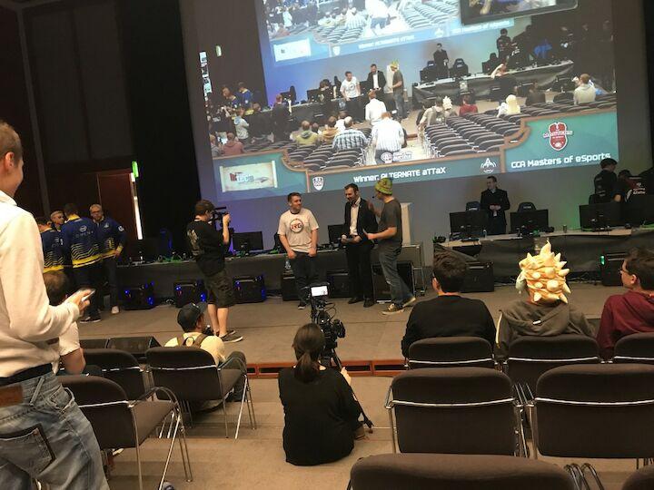CCA Masters of eSports Diashow